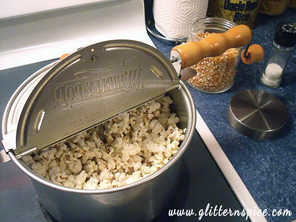 How To Make Movie Theater Popcorn In A Whirley Pop Popcorn Maker