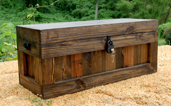 Reclaimed Wood Chest With Padlock And Key