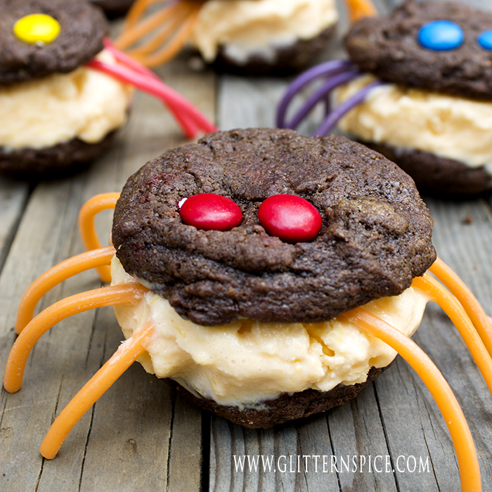 Creepy Spider Ice Cream Sandwiches For Halloween