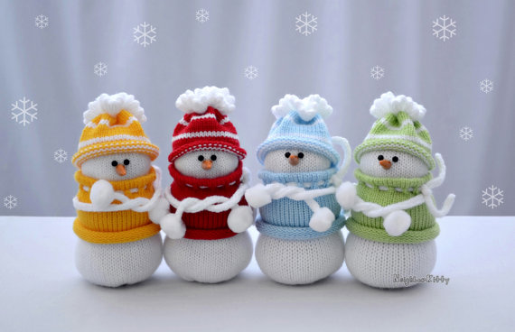 Knitted Snowmen Decorations